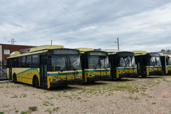 Vyřazené české trolejbusy Škoda 14 TrE v americkém Daytonu.